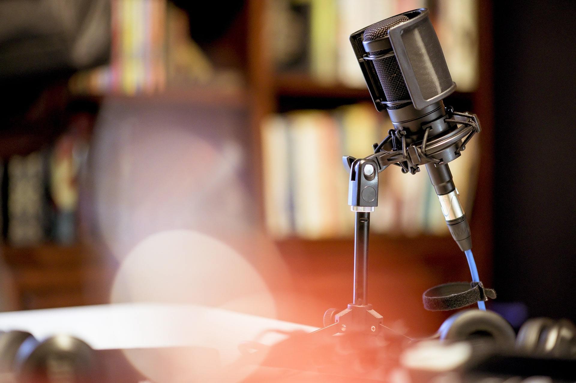 Fondo-radio1-min-a
